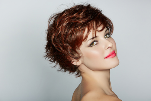 short wavy hairstyle for teenage girls