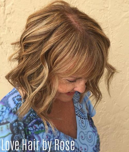 over medium wavy hairstyle