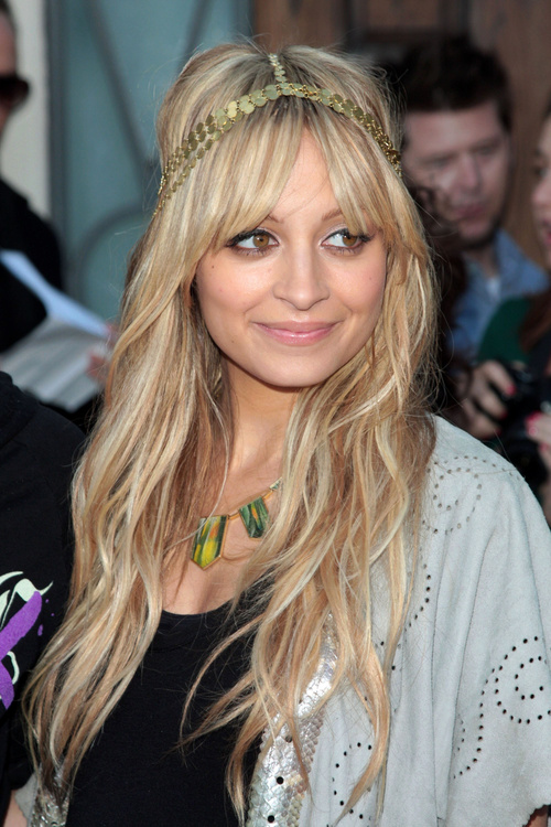 Nicole Richie hairstyle for long straight hair