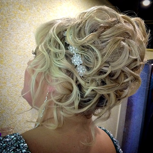 Wedding hairstyles for mother of the bride with long hair