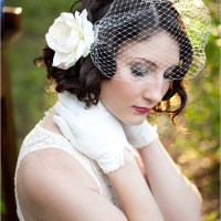 short curly vintage hairstyle for brides