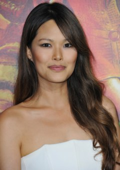 long Asian hairstyle with side bangs and ombre