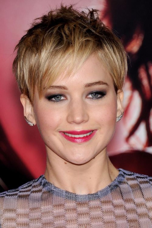 short fringe hairstyle for pixie haircut