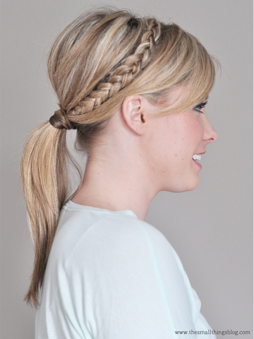 easy pony with a braid for medium hair