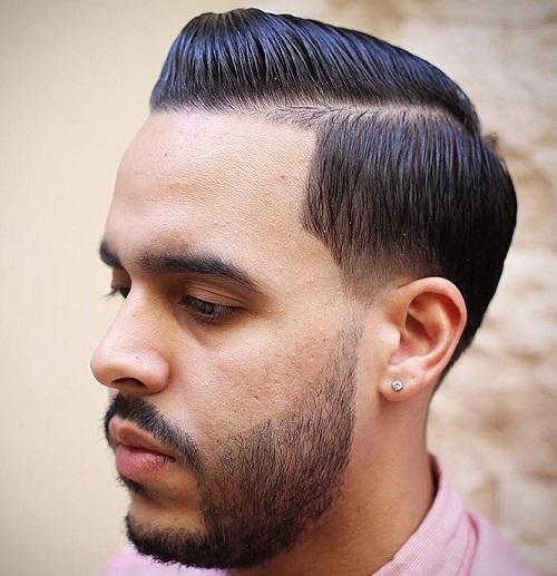 men's sleek side part hairstyle