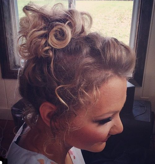 curly pony for thin shorter hair
