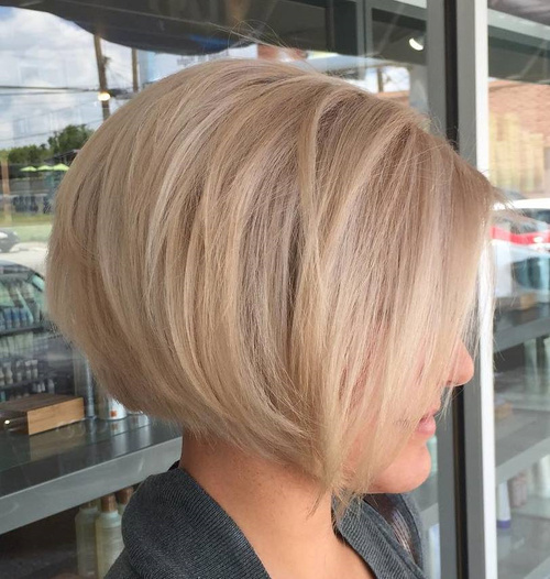 Excellent 40 Short Bob Hairstyles Layered Stacked Wavy And Angled Bob Cuts Hairstyle Inspiration Daily Dogsangcom
