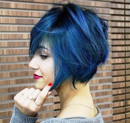 messy blue bob