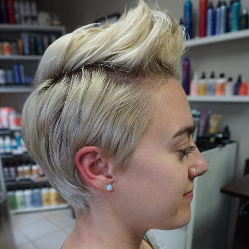 Blonde Pixie Fauxhak Hairstyle