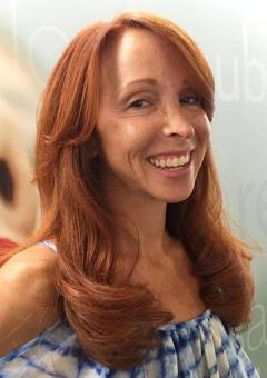 14-long-red-hairstyle-for-older-women