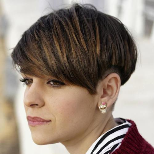 Gorgeous haircuts for older women  The List