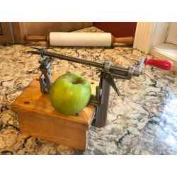 Small Crop Of Pampered Chef Apple Peeler
