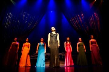 Opera Luminata's Jennifer Elisabetta Centrone and ladies.