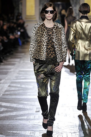 leopard coat dries LEOPARD PRINTED ARMY  TREND ALERT   The Sche Report / Margaret Sche