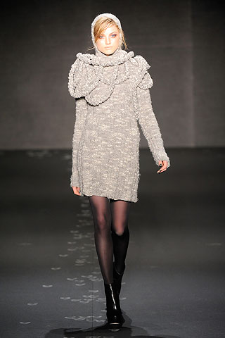co4 NYC FASHION WEEK:  ONES TO WATCH   The Sche Report / Margaret Sche