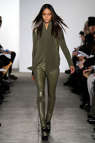 ohne titel military NYC FASHION WEEK:  ONES TO WATCH   The Sche Report / Margaret Sche