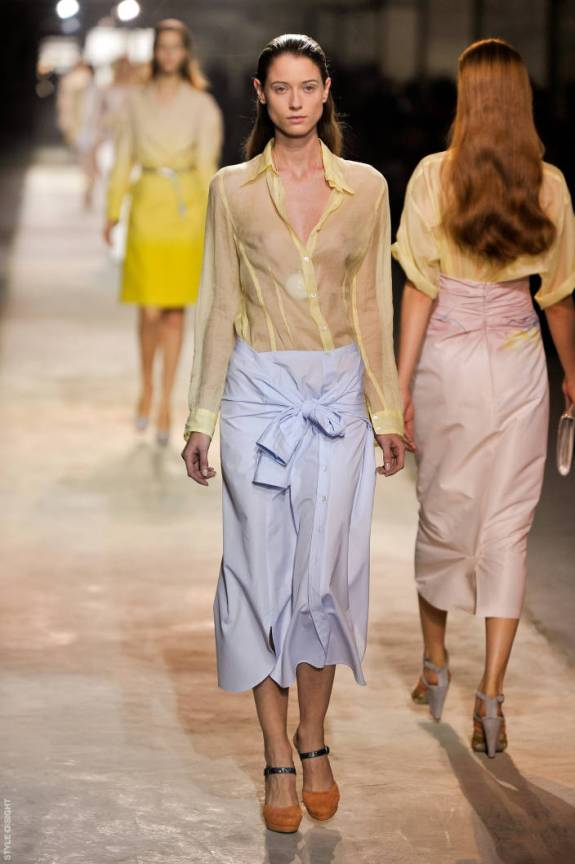 dvn ps11 061 TOP 5 PICKS SPRING/SUMMER 2011:  PARIS   The Sche Report / Margaret Sche