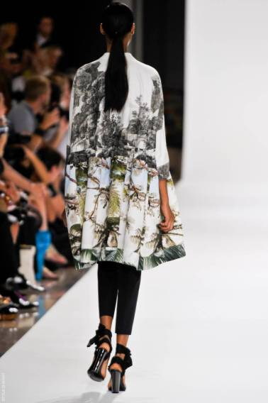2 dries van noten dvn ps12 022 SPRING 2012 PARIS MID WEEK FAVORITES   The Sche Report / Margaret Sche