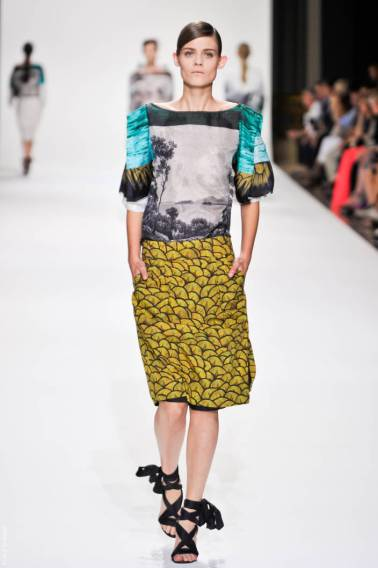 dries van noten dvn ps12 088 SPRING 2012 PARIS MID WEEK FAVORITES   The Sche Report / Margaret Sche