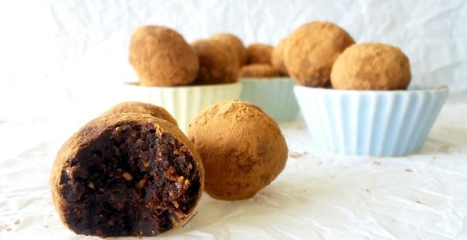 Bolitas de Higo con Cacao, Cardamomo, y Naranja.