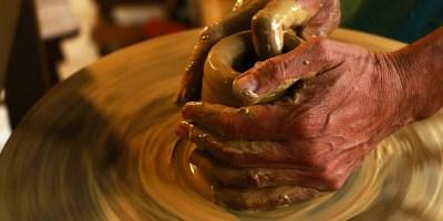 e837b90c29f0073ecd0b470de7444e90fe76e6d310b112479df1c5_640_pottery