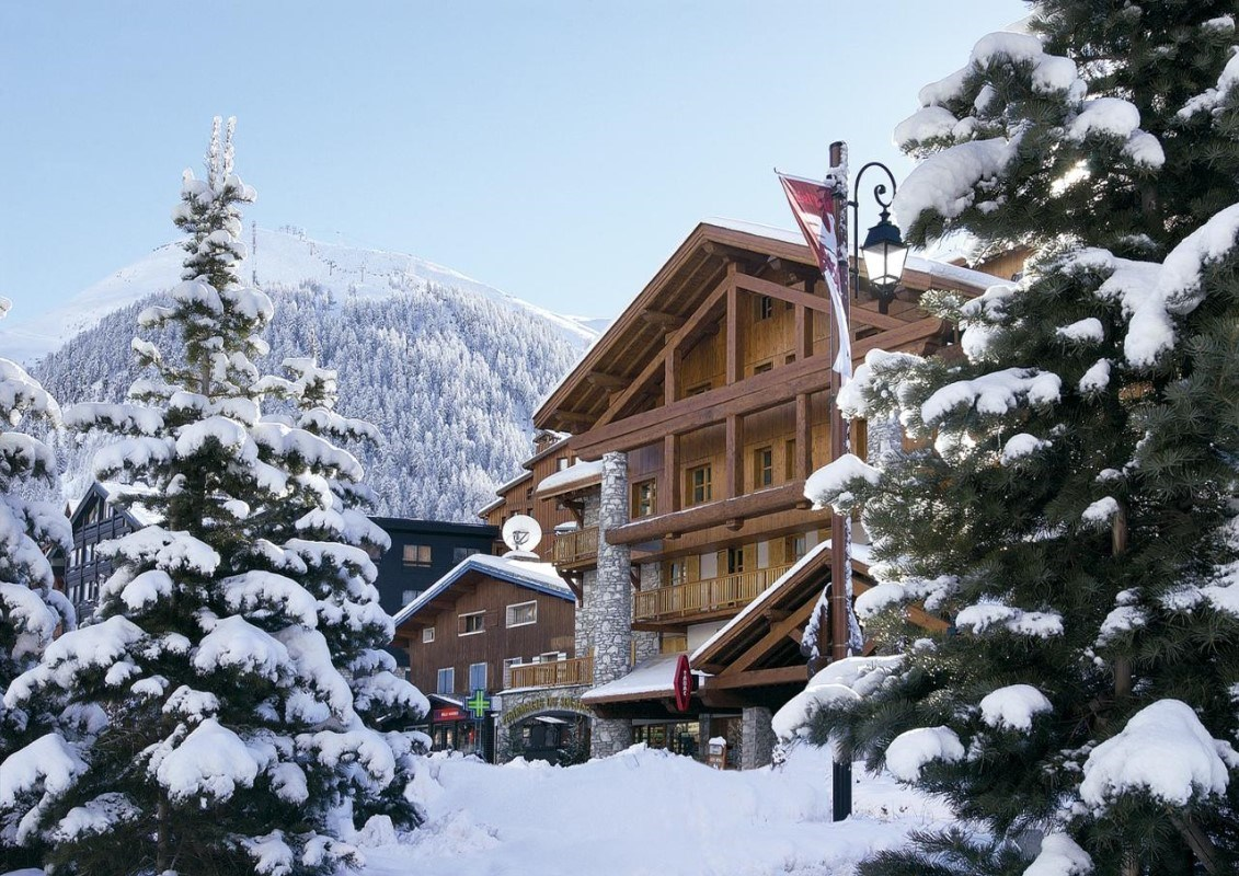 The Farmhouse Val D Isere Aspen Lodge Val D Isere The Snowco