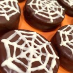 "Chocolate Dipped Peanut Butter Crackers aka ""Spiderweb Cookies"""
