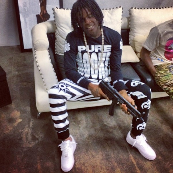 Boy Fall In Love Wallpaper Listen To Chief Keef Sosa Style The Source