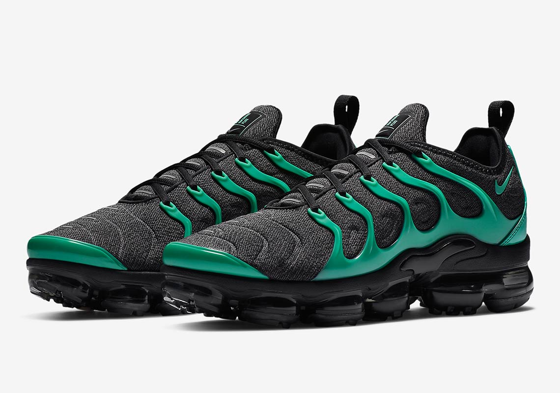 This Nike Vapormax Plus Was Definitely Made With Eagles