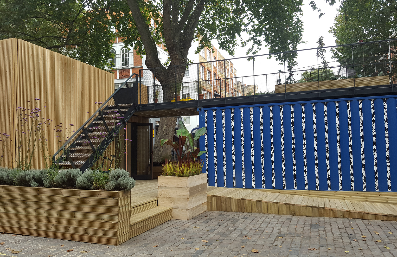 Container Haus London Architect Carl Turner S Shipping Container House Sells On Ebay For