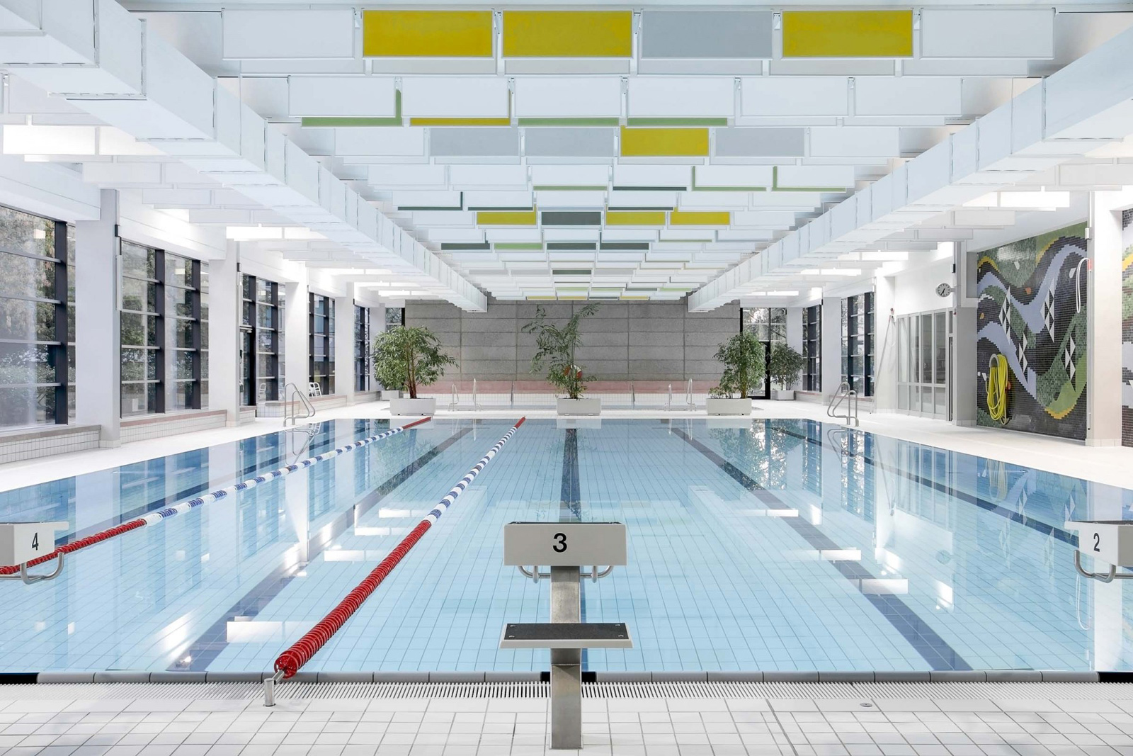 Architectuur Berlijn Berlins Best Swimming Pool Architecture
