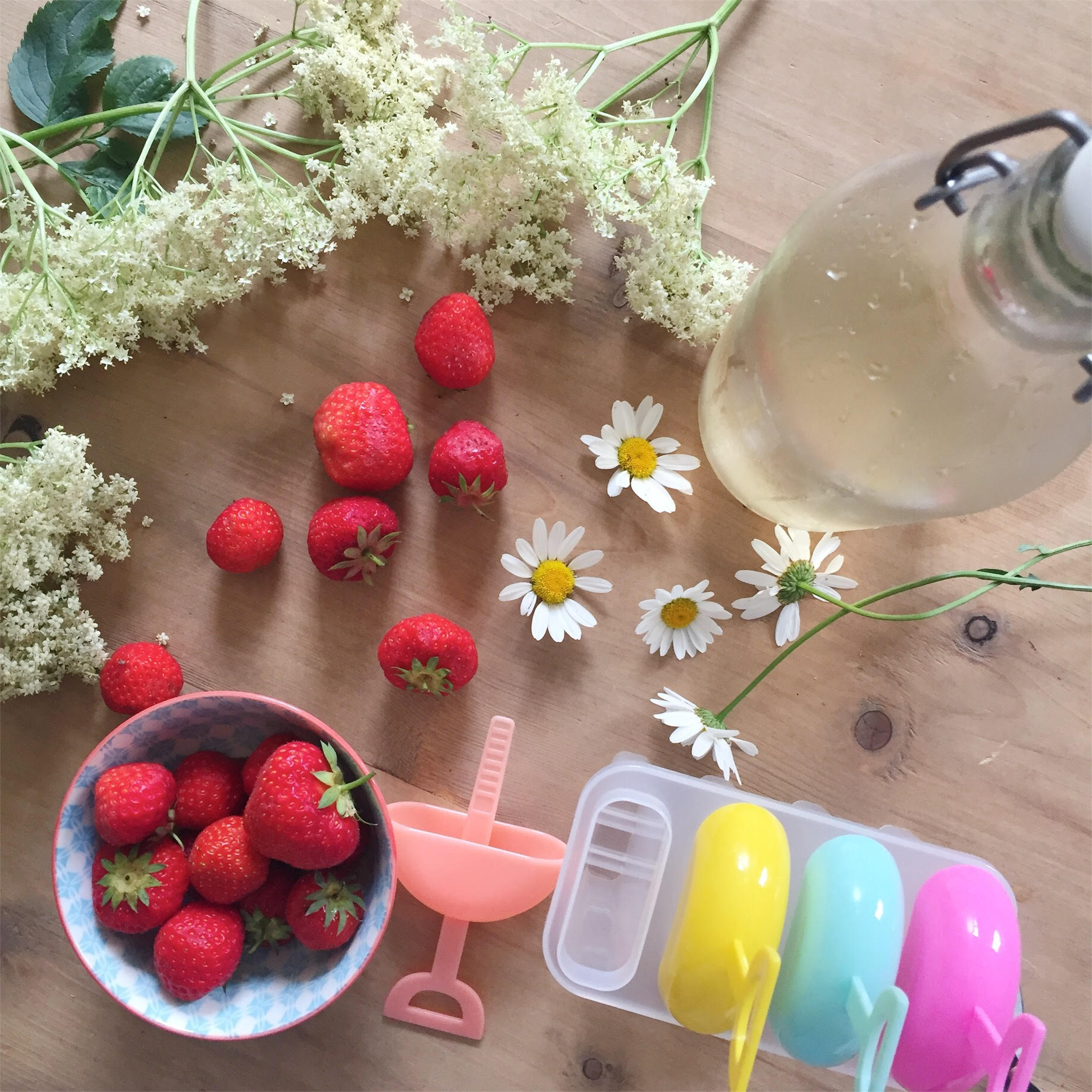 Elderflower and Strawberry Ice Lollies