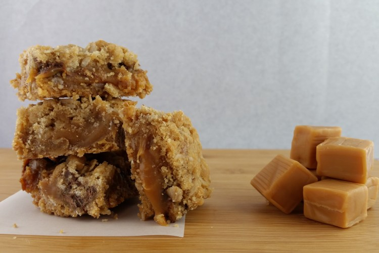 Oatmeal Caramel Dream Bars