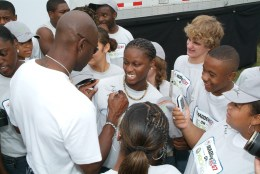 NFL great Jerry Rice, autographs  T-shirts, caps and copies of Madden NFL 07 as part of Maddenoliday in Madden, Miss., on Tuesday, August 22.  (Photo by Greg Campbell)  via Wikimedia Commons