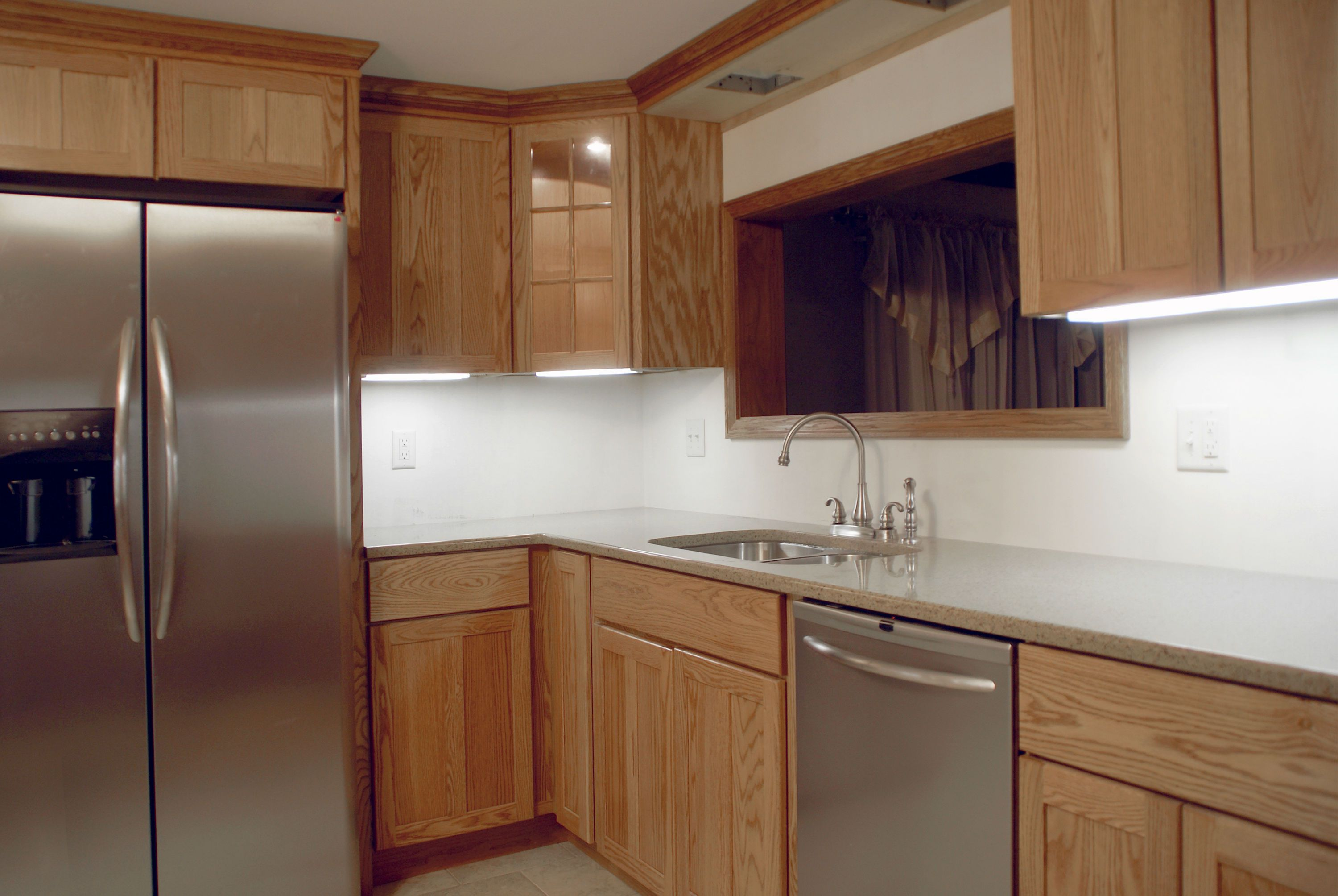 Kitchen Cabinet Wood Reconditioning Refacing Or Replacing Kitchen Cabinets
