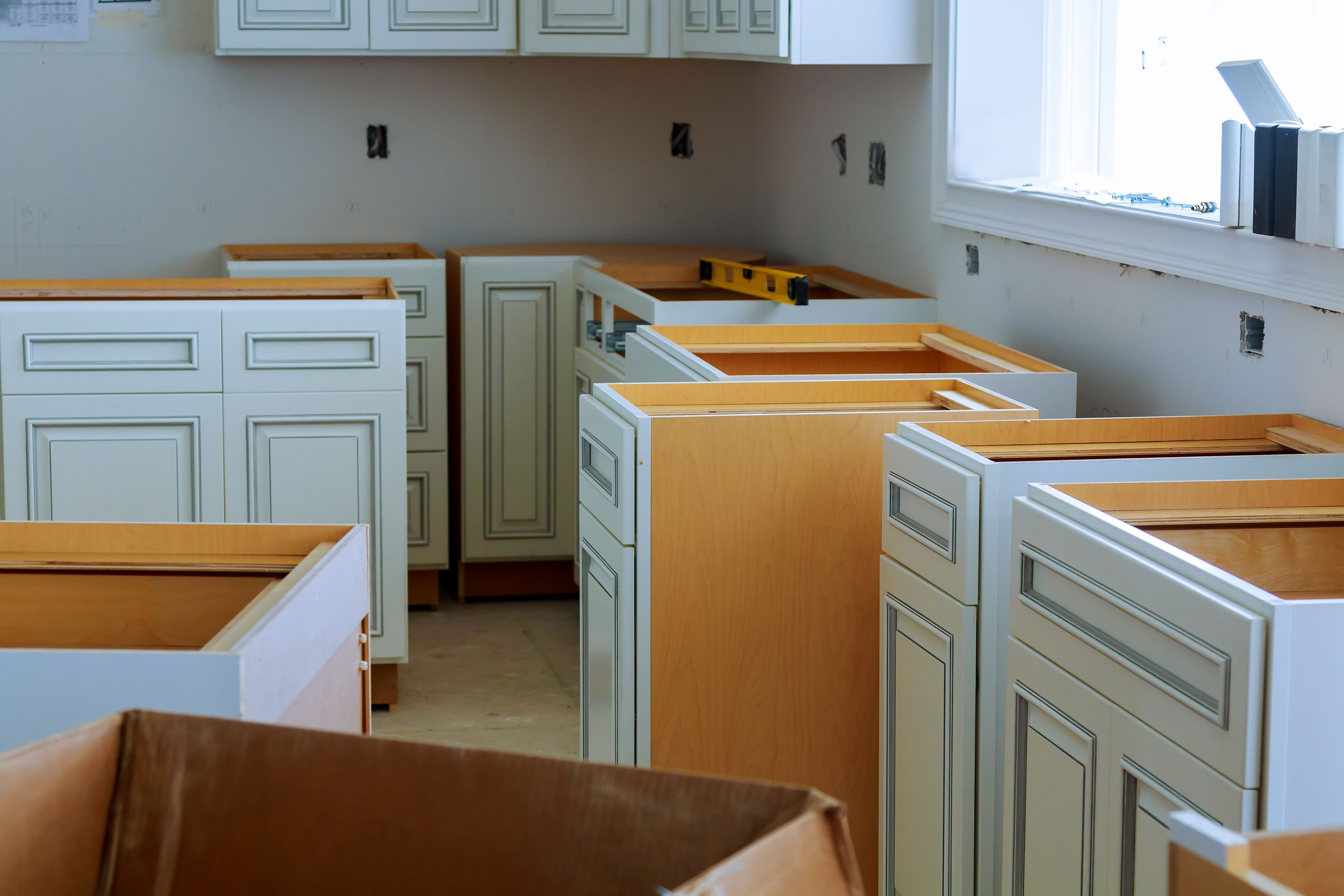 How To Beat The High Cost Of Kitchen Cabinets