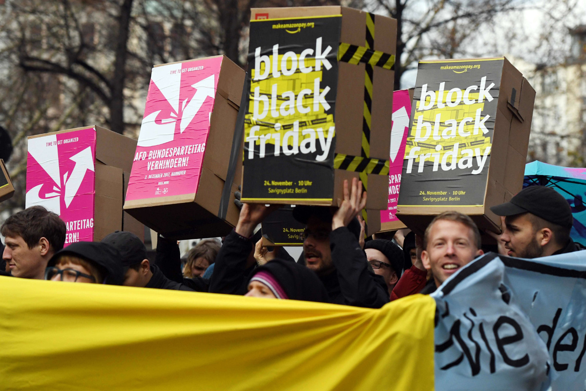 Black Friday Germany Amazon Workers Stage Black Friday Strikes In Germany And