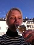Not quite a water bottle but a well-deserved glass of vin post-marathon - À votre santé