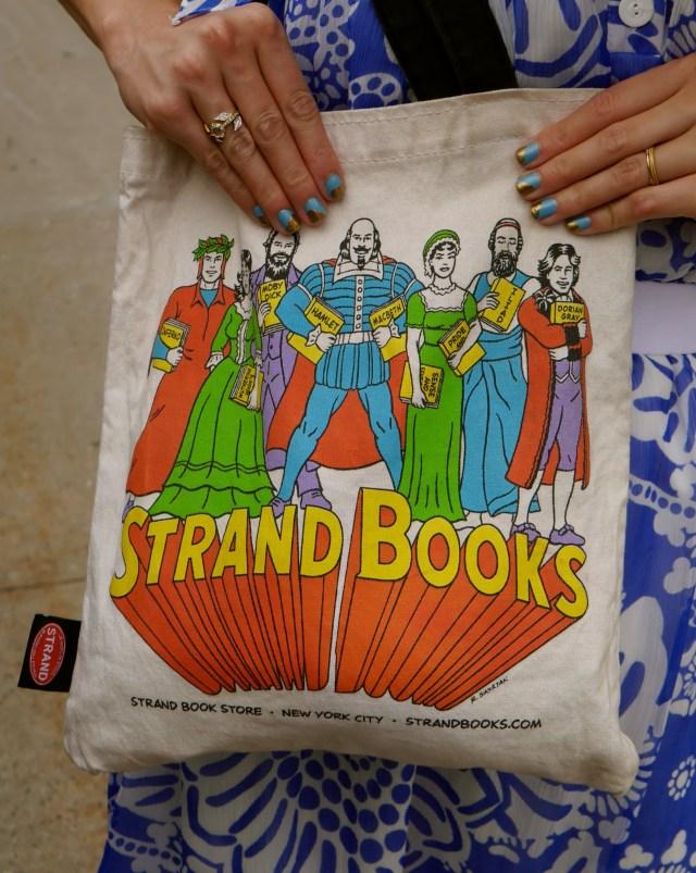 Tote Bag: The Strand | Nail Polish: Beach Front (Milani); Goldeneye (OPI)