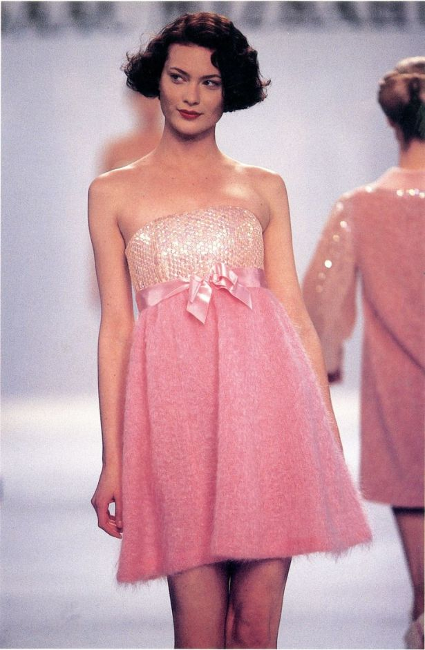 The dress, as modeled by Shalom Harlow in Unzipped.