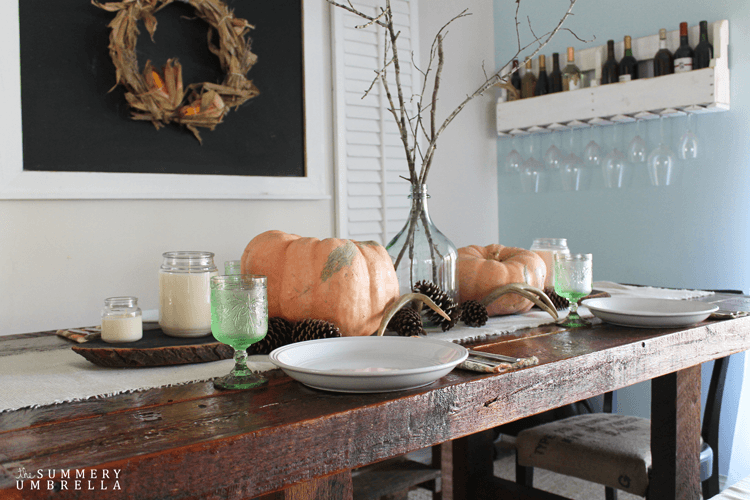 Looking for gorgeous (and super easy!) Thanksgiving Table Ideas? Then you will definitely WANT to check out this lovely array now!
