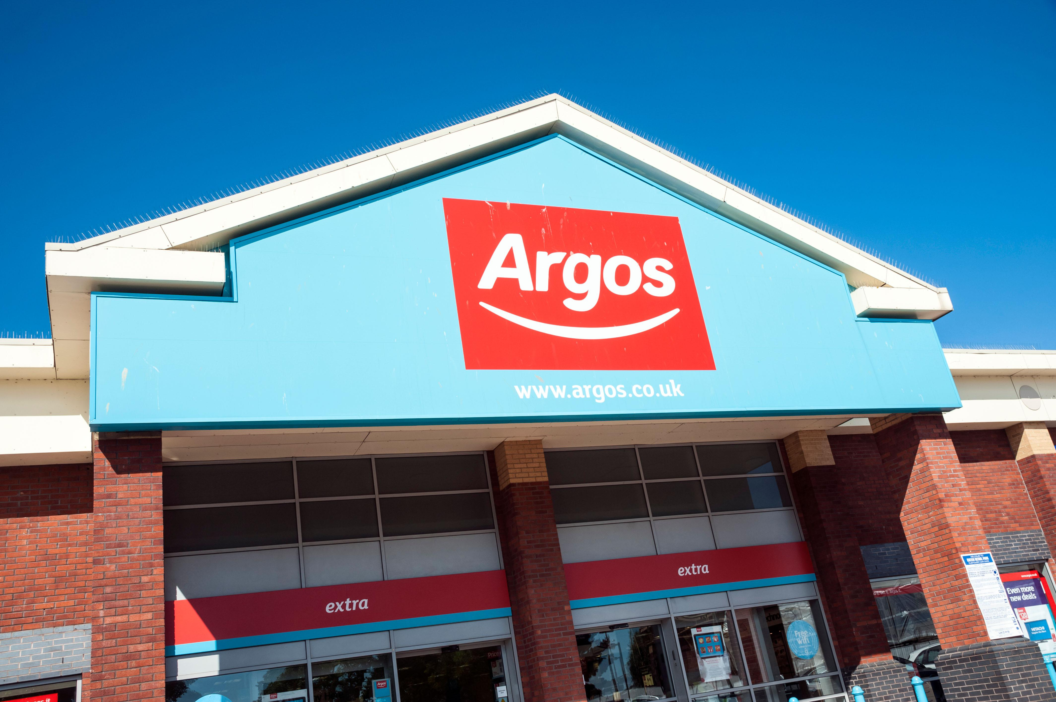 3 Wheel Prams Argos Argos May Bank Holiday 2019 Opening And Closing Hours What
