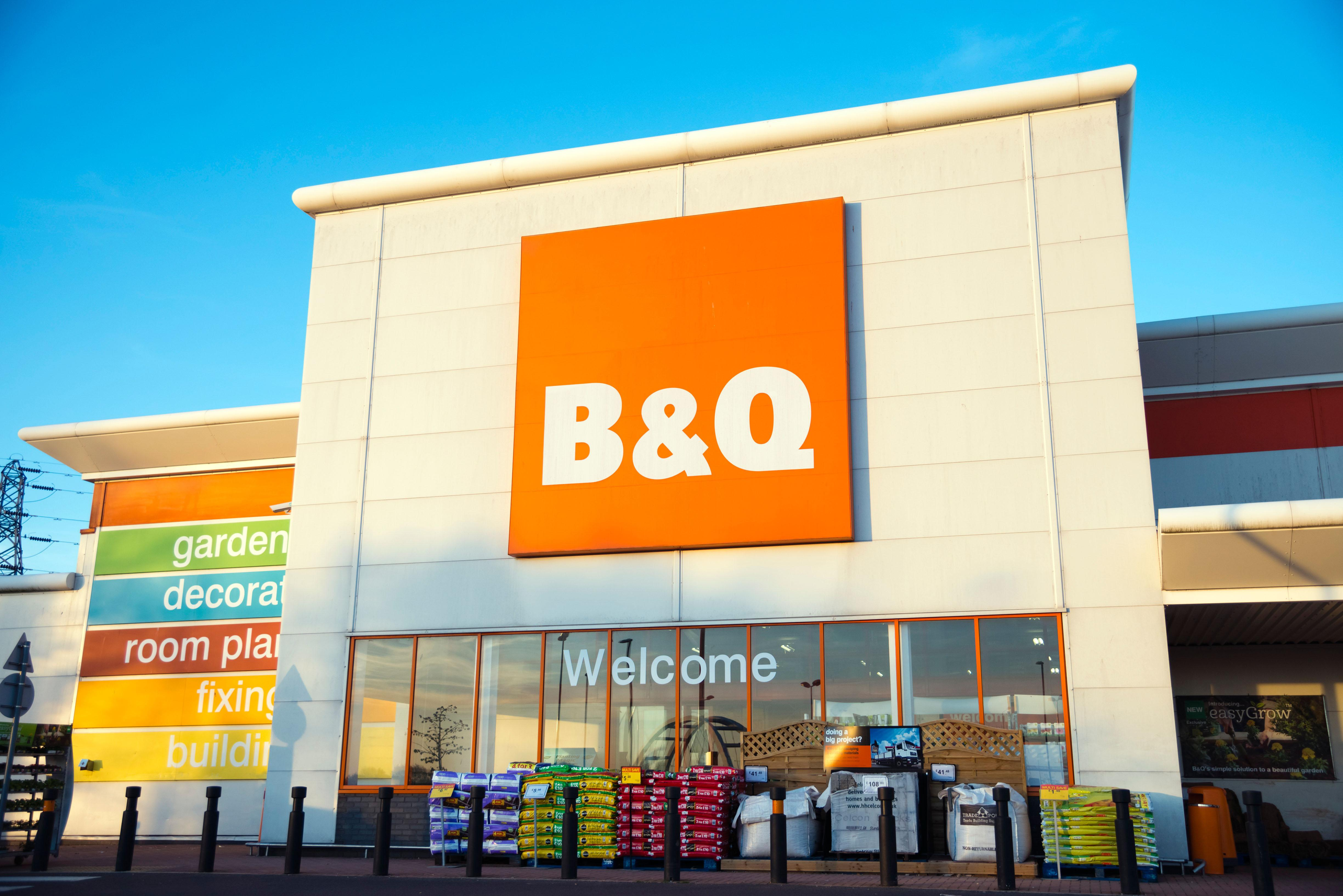 Diy Bank Holiday Offers B Q Easter 2018 Opening Times Bank Holiday Monday Opening