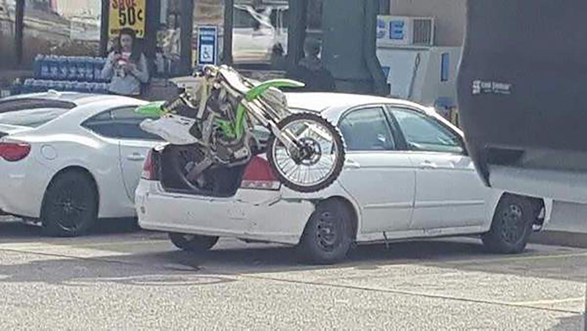Best Overloaded Car Fails From A Motorbike In The Boot Of A - Boot Trailer