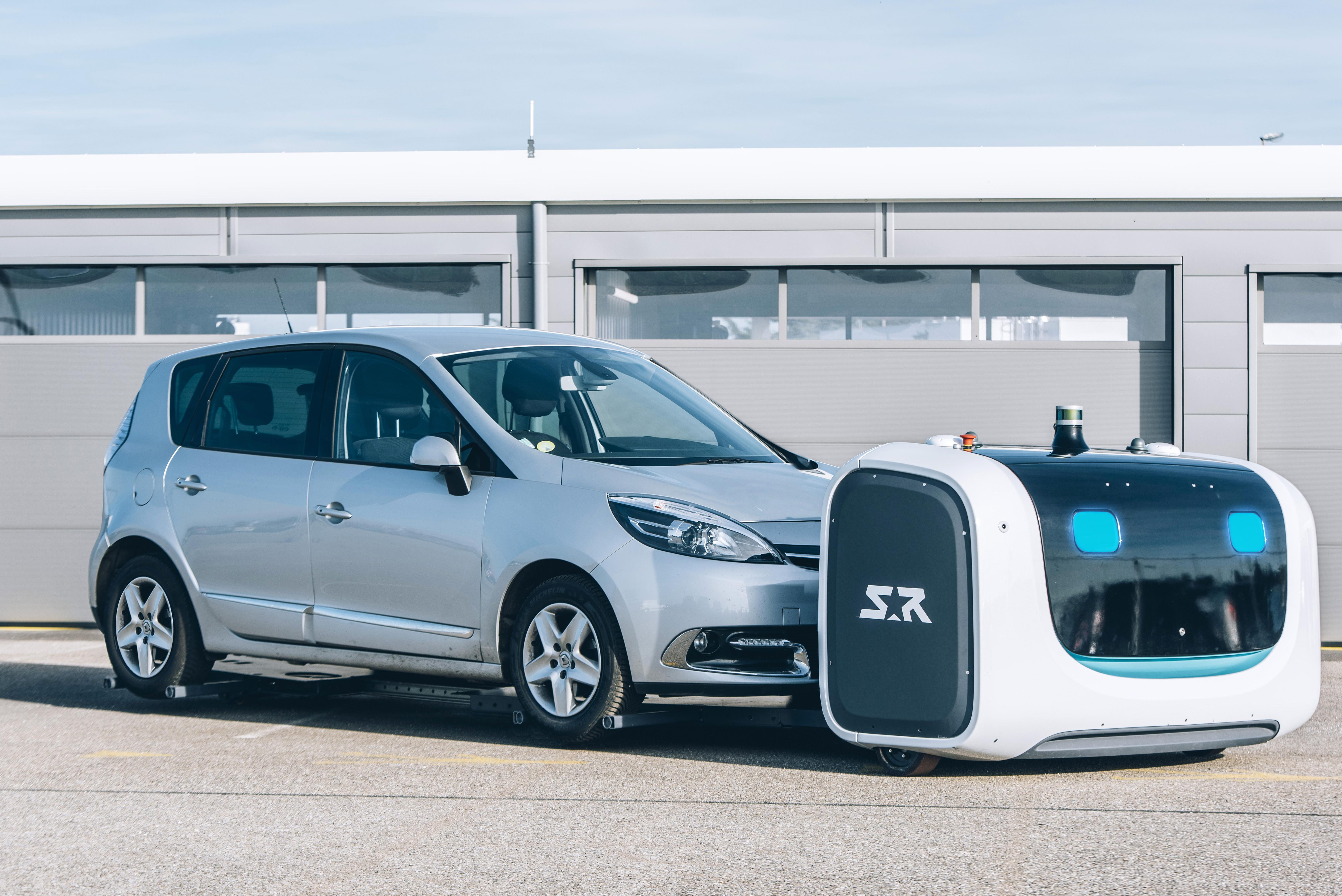 Stansted Car Village Shuttle Gatwick Airport To Introduce Toaster Robots That Valet