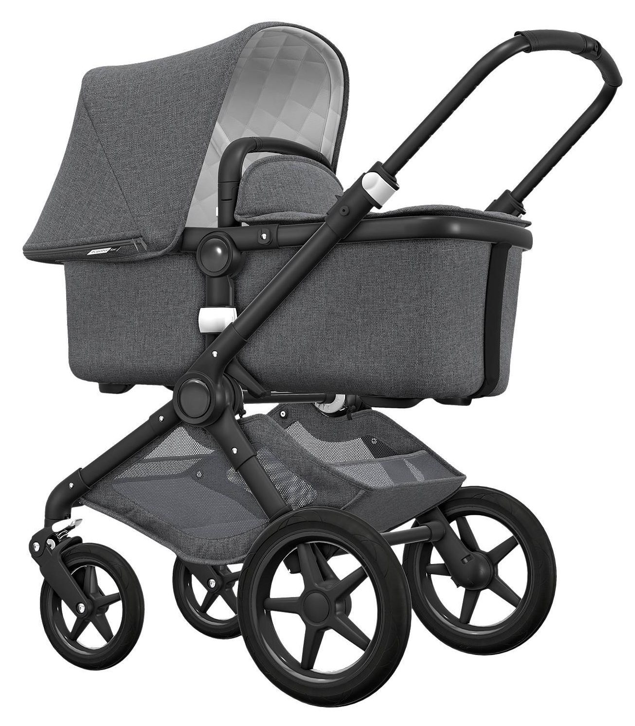 Silver Cross Pushchairs On Ebay We Take A Look At The Pricey Puschairs Chosen By Image