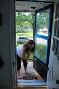 the DIY files: painting a screen door - THE SWEETEST DIGS