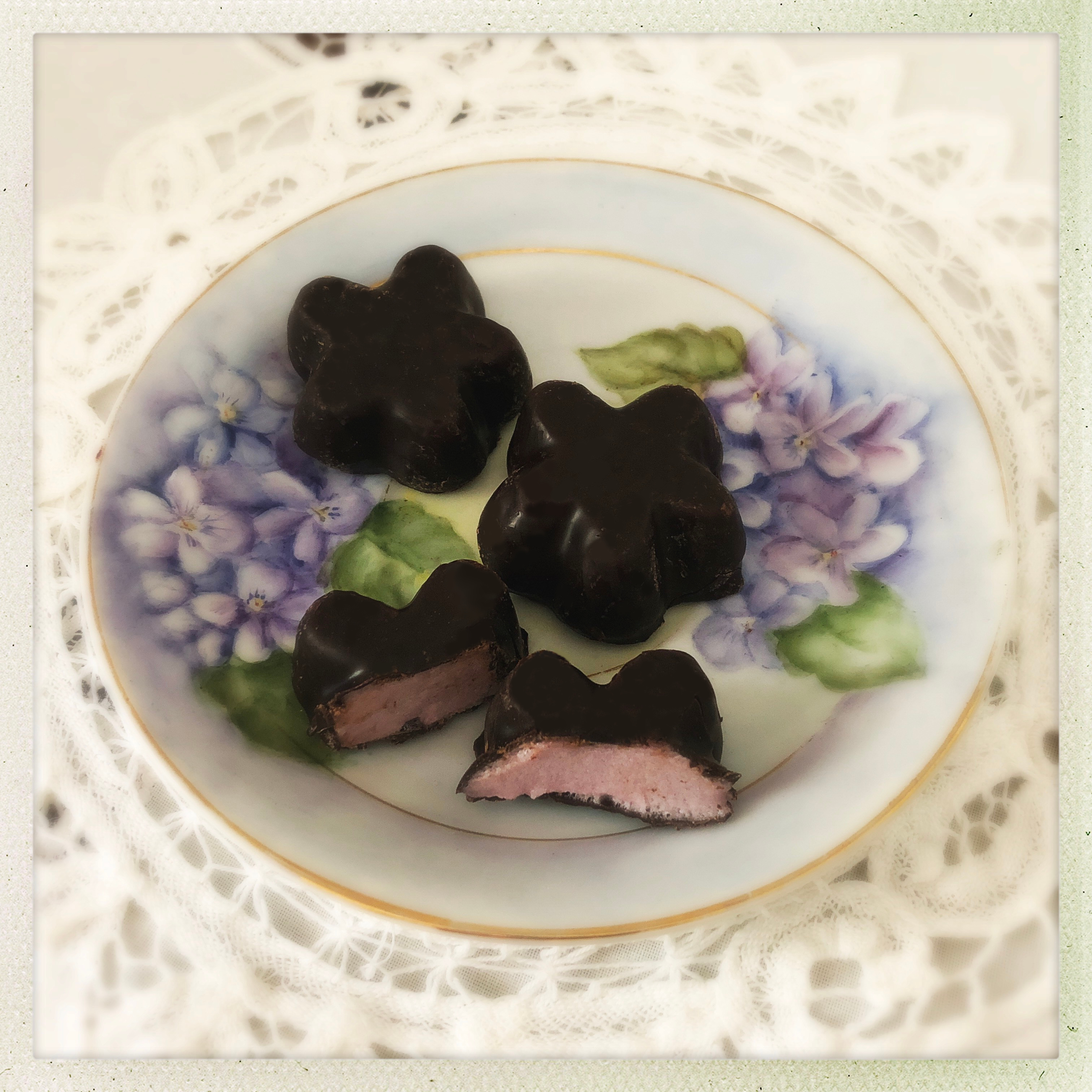 Cuisine Mauve These Violet Delights The Swoon Society