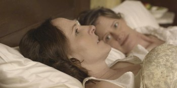 "Movie Review: ""Wild Nights With Emily"" Humanizes Dickinson"