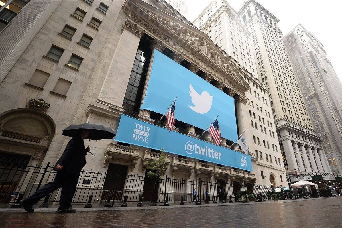 Twitter plans to cut about 300 more jobs